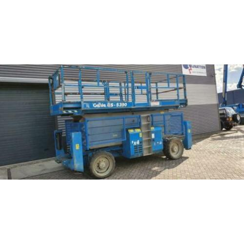 hoogwerker, schaarlift Genie GS5390RT (bj 2007)